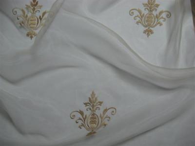 Тюль «Императорский» с вышивкой золотой нитью арт. 130623В-15 органза белая, коронка светло-бежевая